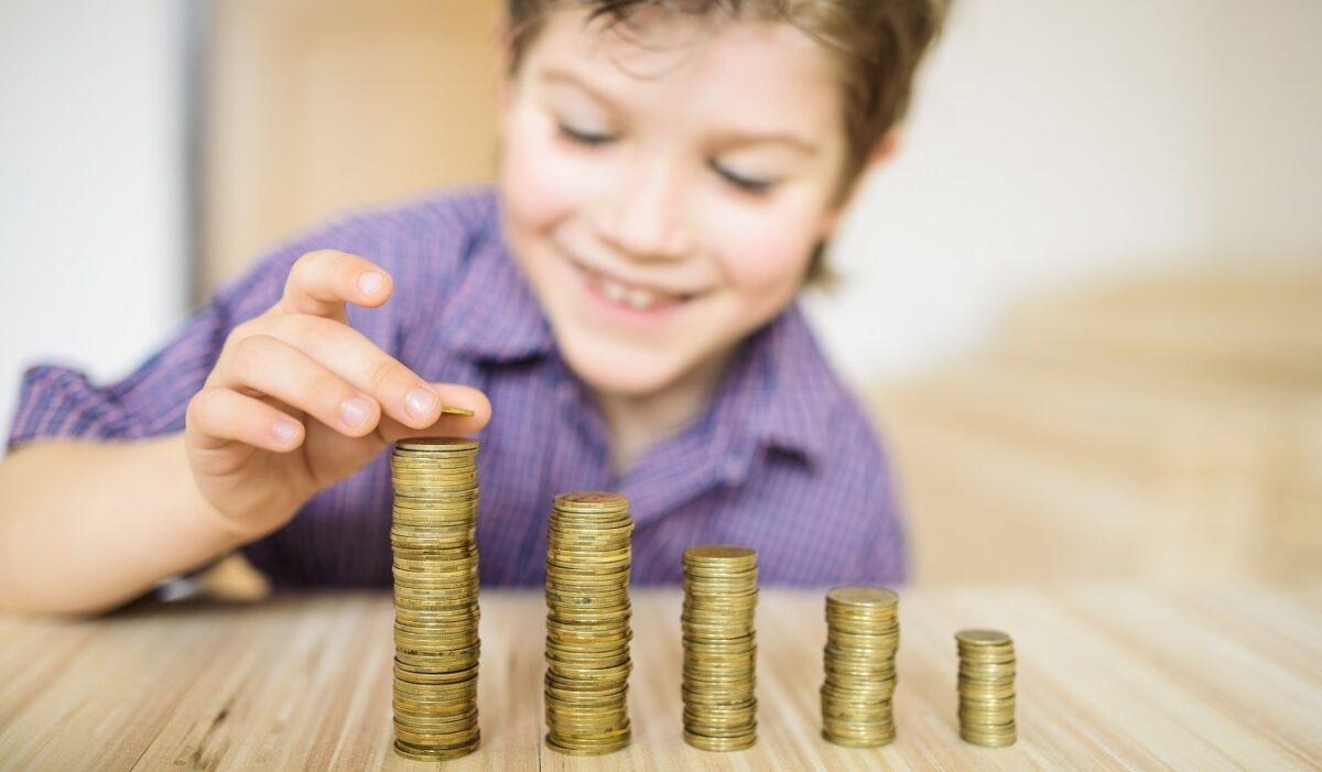 Чи повинні батьки платити кредит за дітей
